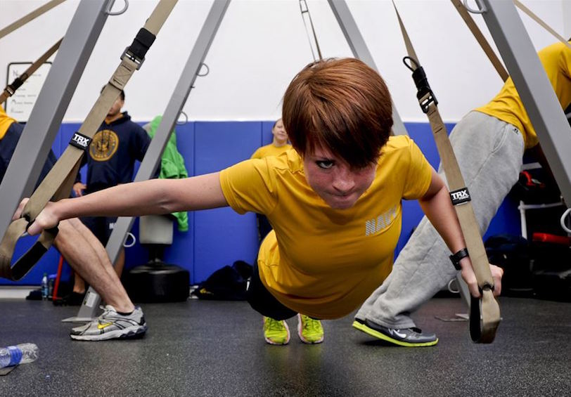 Sailor participates in a suspension training class at the gym on Naval Station Everett. DoD photo.