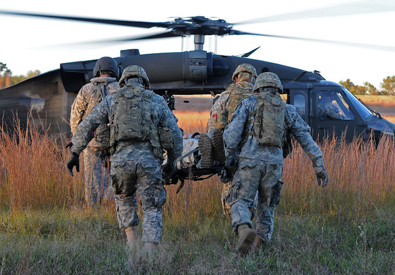 Practice medical evacuation. (37th IBCT photo by Sgt. Kimberly Lamb)