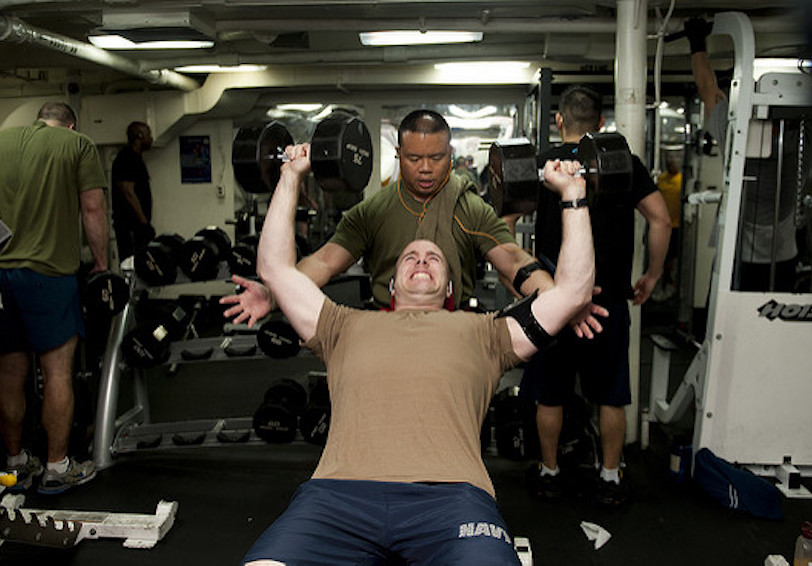 Sailors lifting weights together in gym (U.S. Navy photo by Mass Communication Specialist 3rd Class Kenneth Abbate/Released)