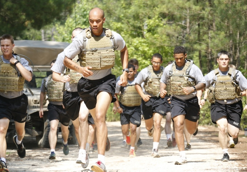 Run on hot sunny day. (U.S. Army photo by Spc. Paige Behringer, 10th Press Camp Headquarters)